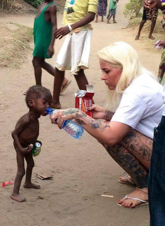 Этого мальчика бросили родители, потому что считали, что в нем живут злые духи мальчик, нигерия, спасение