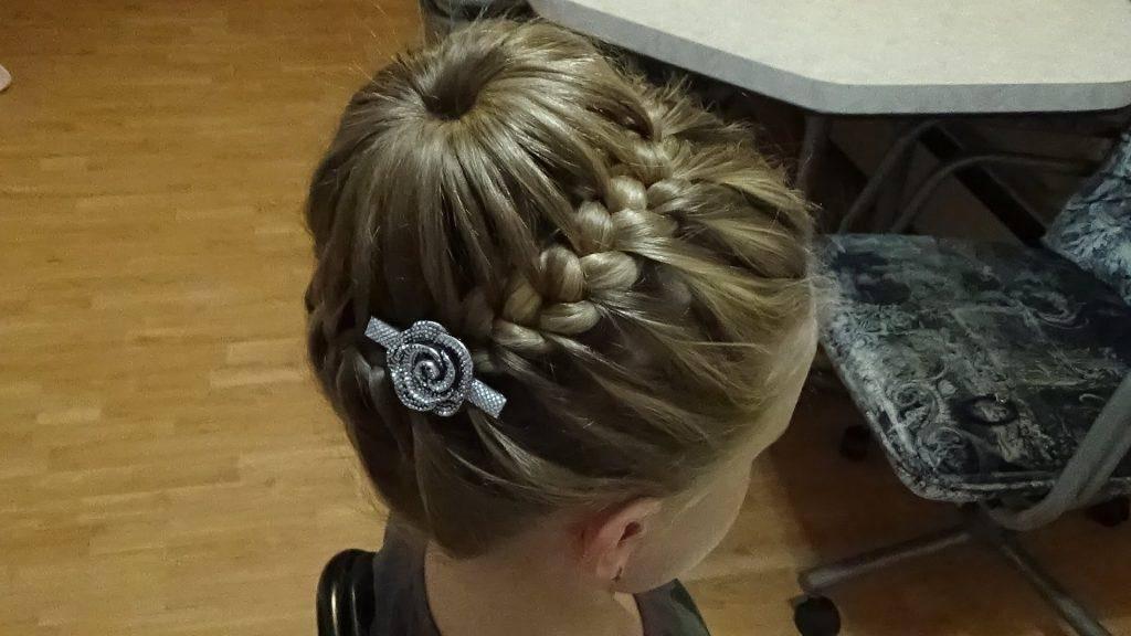 Фото причёски для девочек на 1 сентября