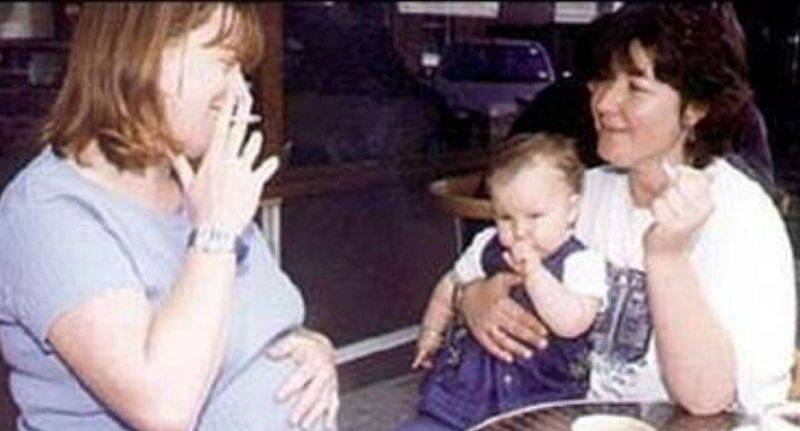 Она заподозрила неладное в поведении сына. И потом он показал ей переписку друга со своей мамой…